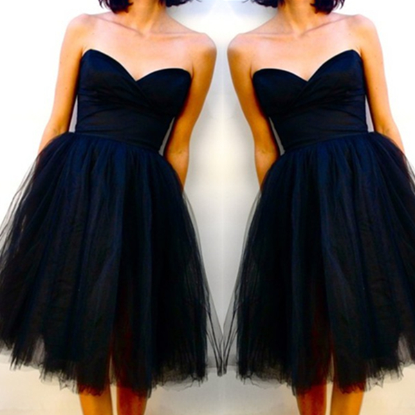 Elegant Black Ball Gown Sweetheart Neckline Knee Length Little Black Dress Graduation Dress Bridesmaid Dress