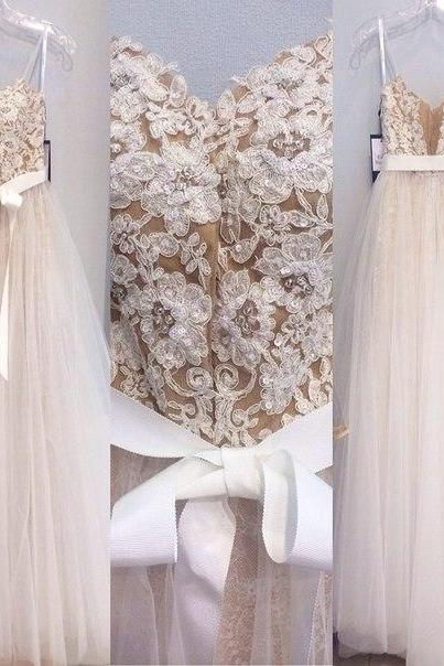 Custom Made Ivory Lace Appliques A-line Spaghetti Straps Tulle Floor Length Wedding Dress Prom Dress with Sash